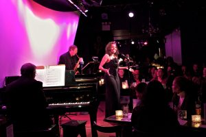 Lynnie Godfrey at the Metropolitan Room in New York City Photo by Arlington Weithers